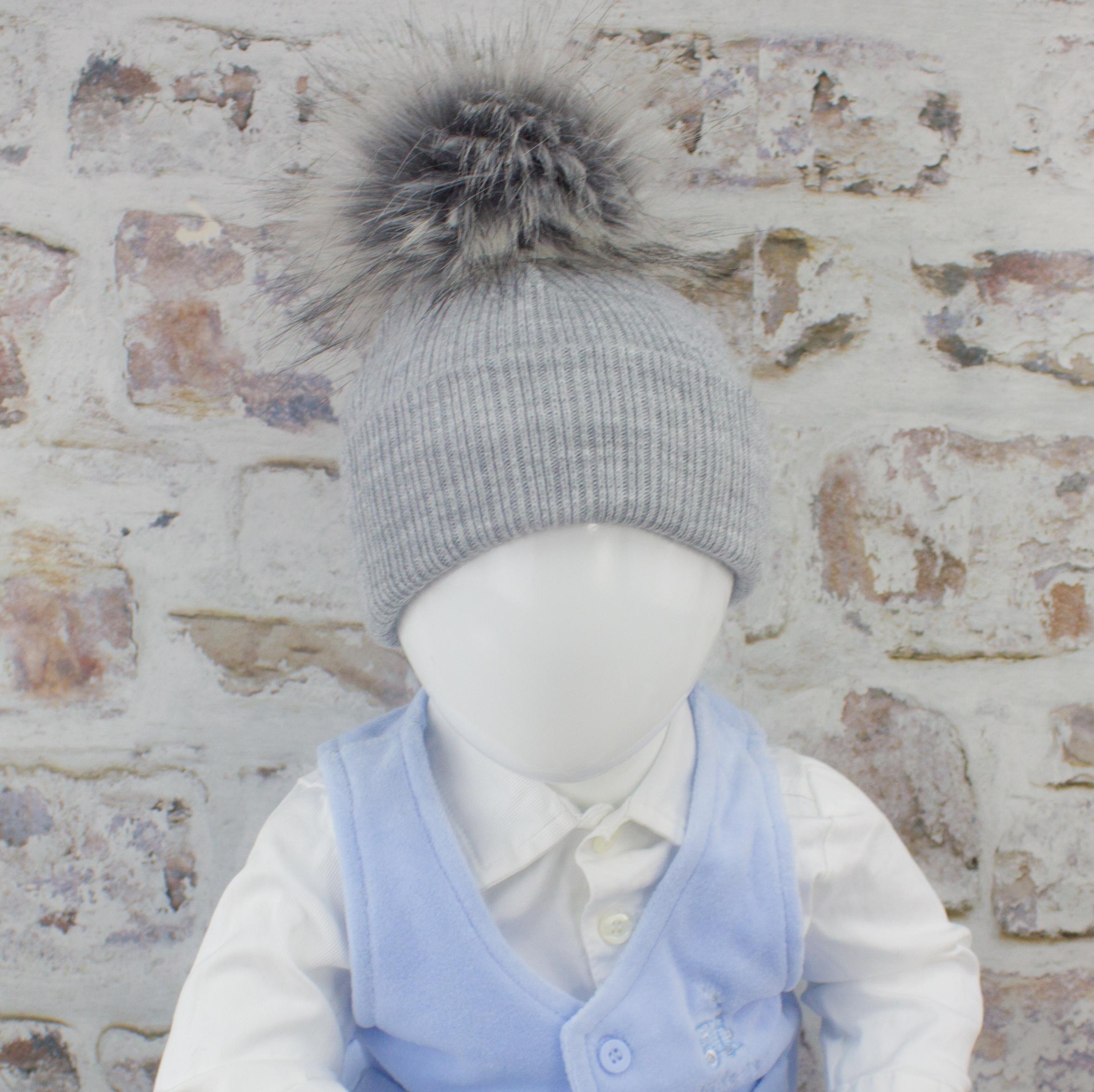 pom pom bobble hat ebay unique design ac549 596bc ... ee6ba4a5215